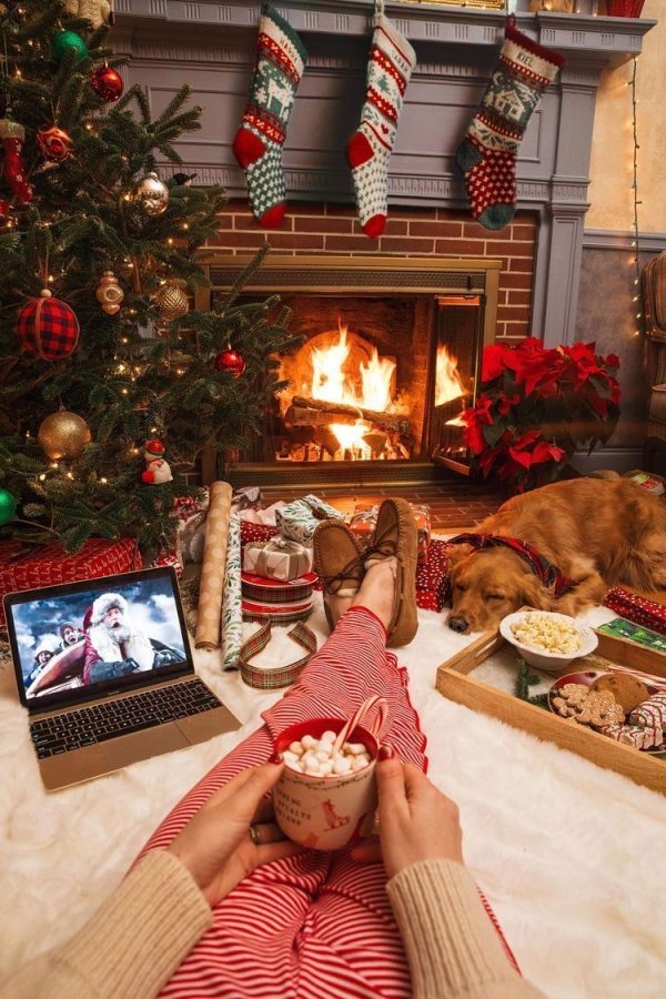 Making+Christmas+Memories+Without+Leaving+Home